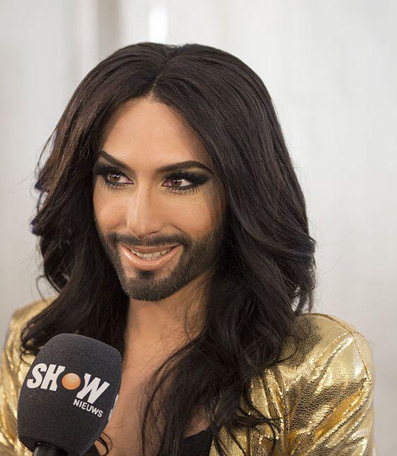 Vona szerint Conchita Wurst nem állítja meg a menekülteket - Blikk - Conchita Wurst pénisz